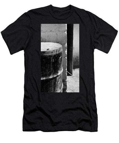 Agua Men's T-Shirt (Athletic Fit)