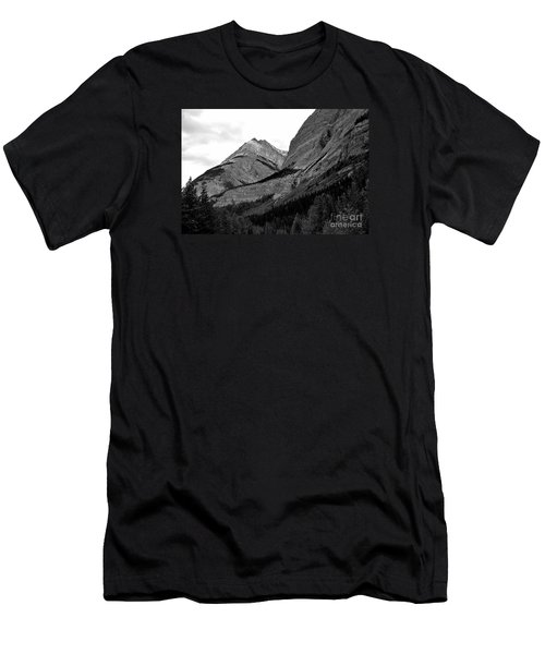 Men's T-Shirt (Slim Fit) featuring the photograph Alberta, 2015 by Elfriede Fulda