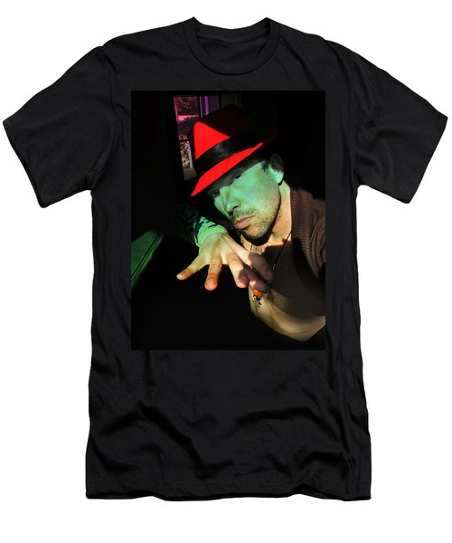 Alien Hat Men's T-Shirt (Athletic Fit)