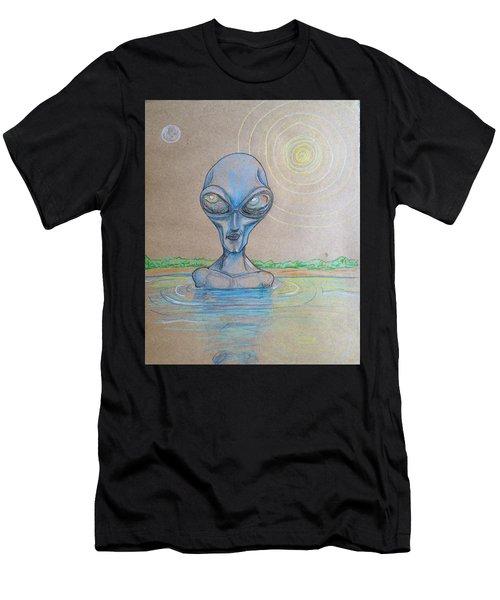 Alien Submerged Men's T-Shirt (Athletic Fit)