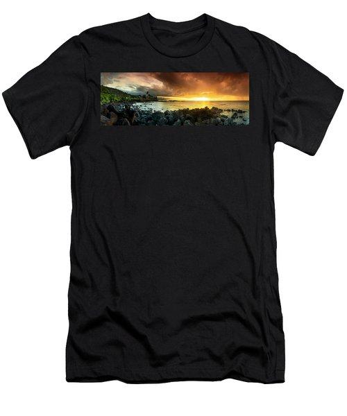 Alligator Rock Sunset Men's T-Shirt (Athletic Fit)