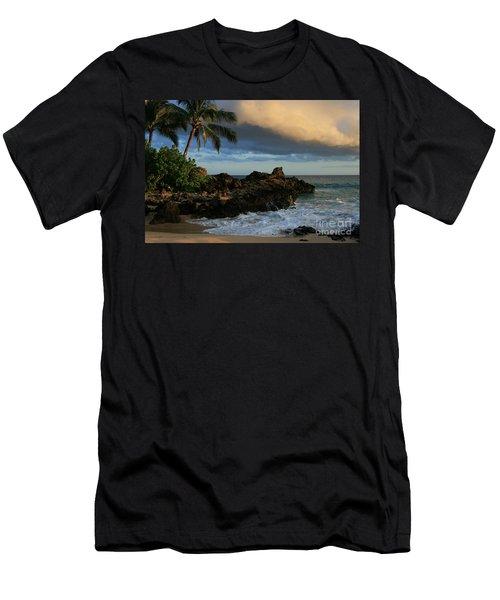 Aloha Naau Sunset Paako Beach Honuaula Makena Maui Hawaii Men's T-Shirt (Athletic Fit)