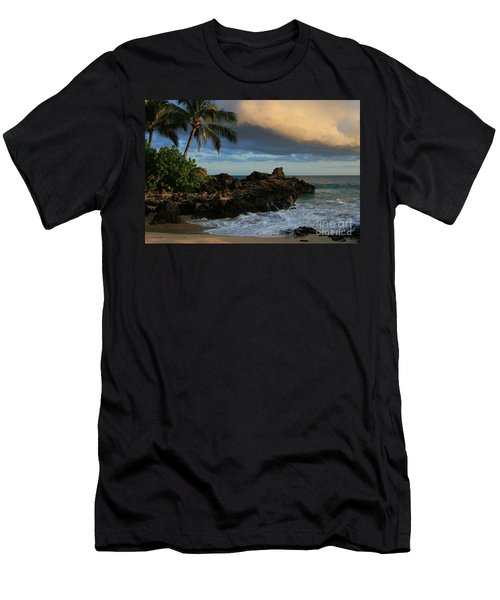Aloha Naau Sunset Paako Beach Honuaula Makena Maui Hawaii Men's T-Shirt (Athletic Fit)