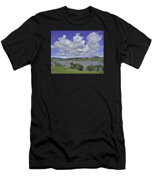 Along The Coast Highway Men's T-Shirt (Athletic Fit)