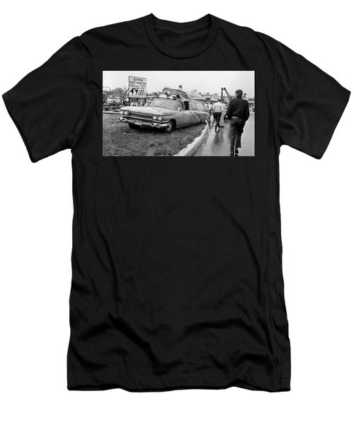 Ambulance Accident Men's T-Shirt (Athletic Fit)