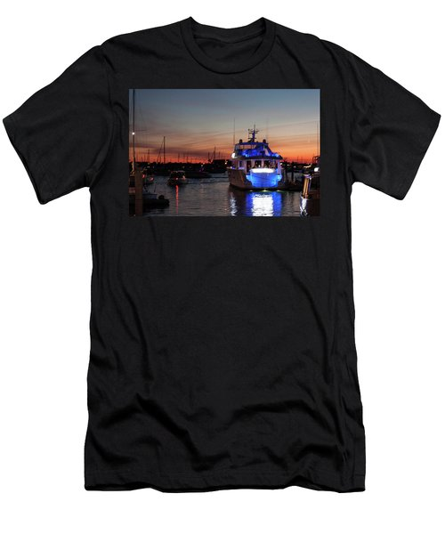 Men's T-Shirt (Slim Fit) featuring the photograph An Evening In Newport Rhode Island II by Suzanne Gaff