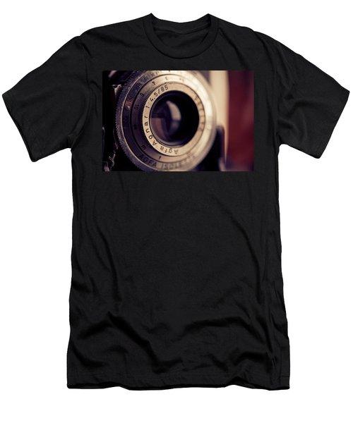Men's T-Shirt (Slim Fit) featuring the photograph An Old Friend by Yvette Van Teeffelen