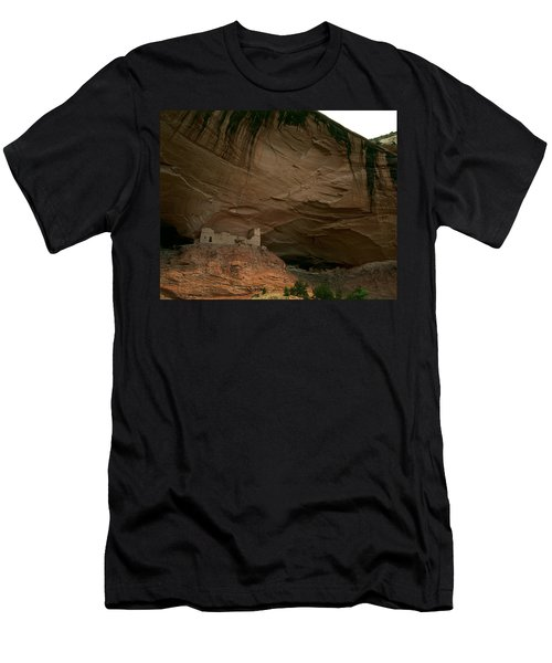 Anasazi Indian Ruin Men's T-Shirt (Athletic Fit)
