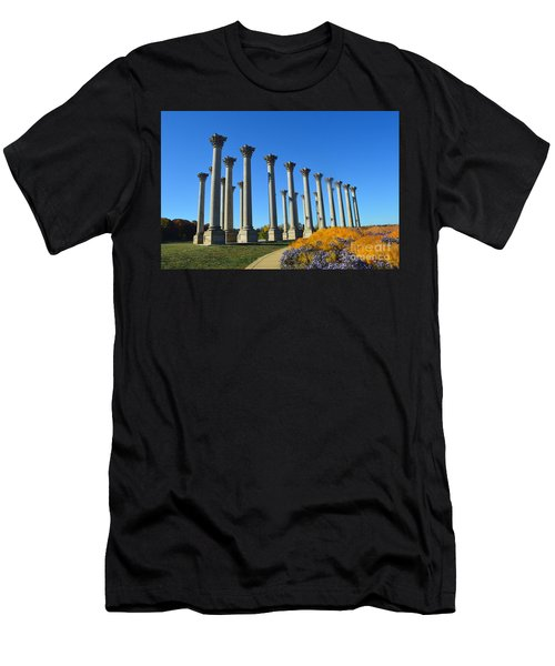 Ancient Corinthian Columns  Men's T-Shirt (Athletic Fit)
