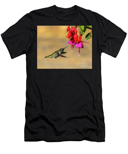 Anna And Hardy Fuchsia Flower Men's T-Shirt (Athletic Fit)