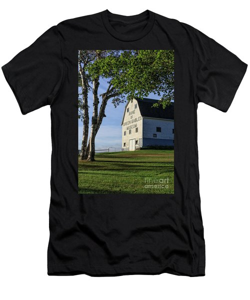 Anne Of Green Gables Museum Men's T-Shirt (Athletic Fit)