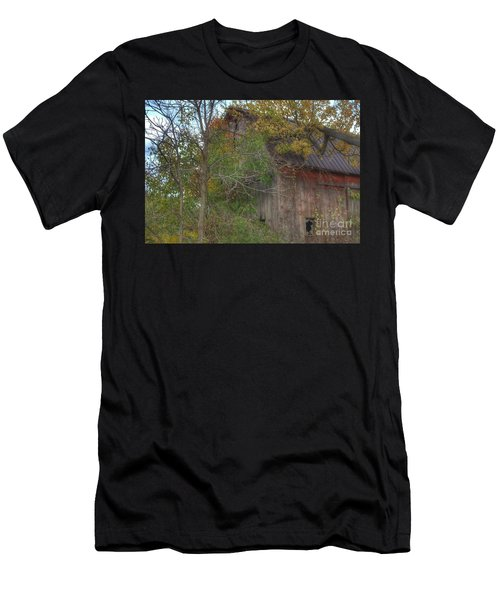 0001 - Annie's Barn I Men's T-Shirt (Athletic Fit)