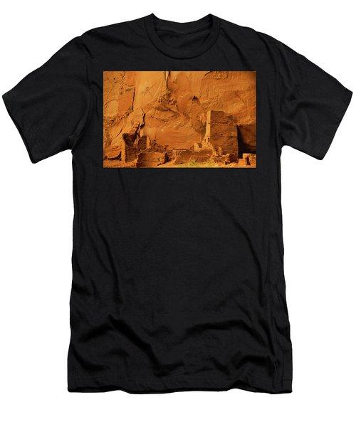 Antelope House Men's T-Shirt (Athletic Fit)