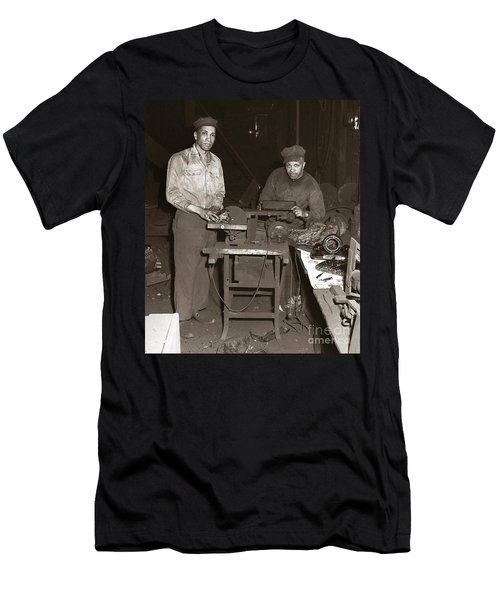 Anthracite Coal Artist  Charles Edgar Patience On Right  1906-1972 In Studio 1953    Men's T-Shirt (Athletic Fit)
