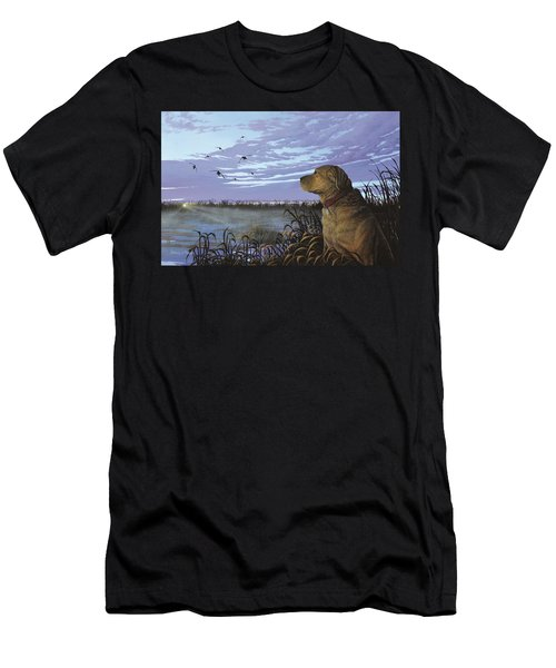On Watch - Yellow Lab Men's T-Shirt (Athletic Fit)