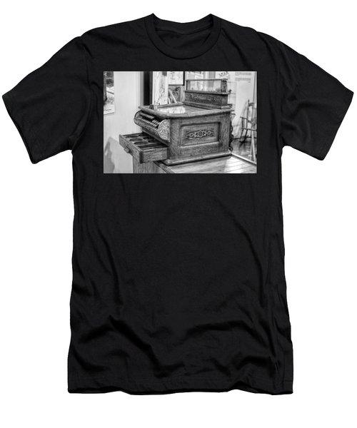 Antique Cash Register Men's T-Shirt (Athletic Fit)