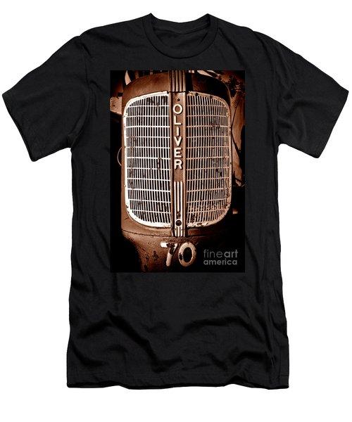 Antique Oliver 70 Men's T-Shirt (Athletic Fit)