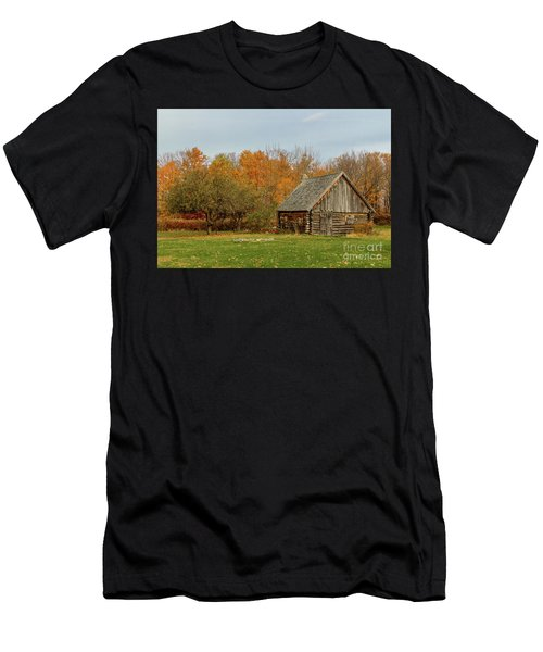 Apple Season At The Woods Men's T-Shirt (Athletic Fit)