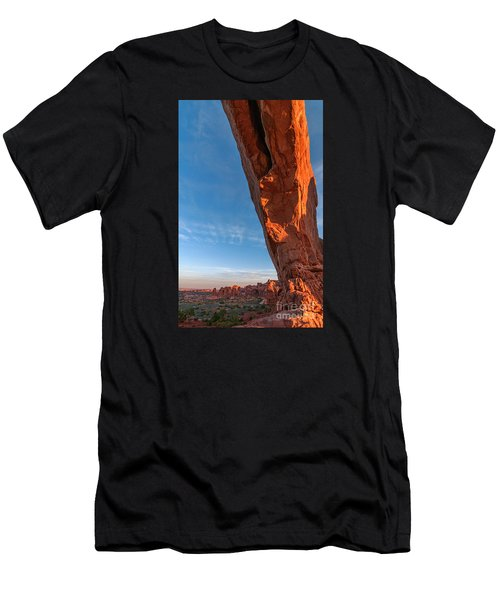 Arch View Men's T-Shirt (Athletic Fit)