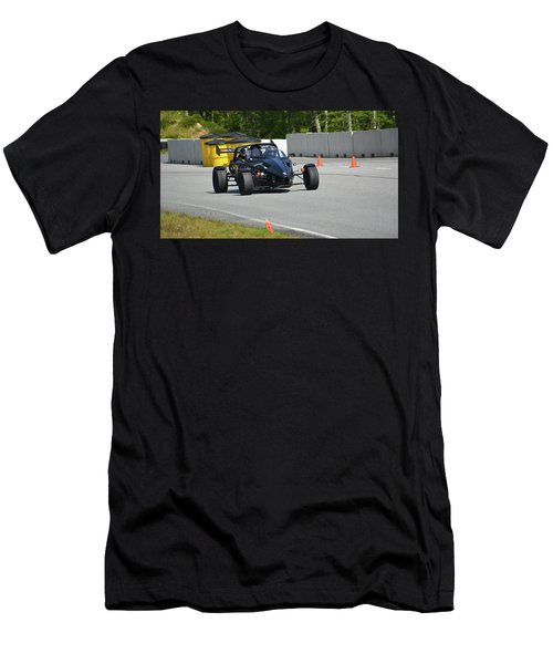 Ariel Atom Approaching Men's T-Shirt (Athletic Fit)