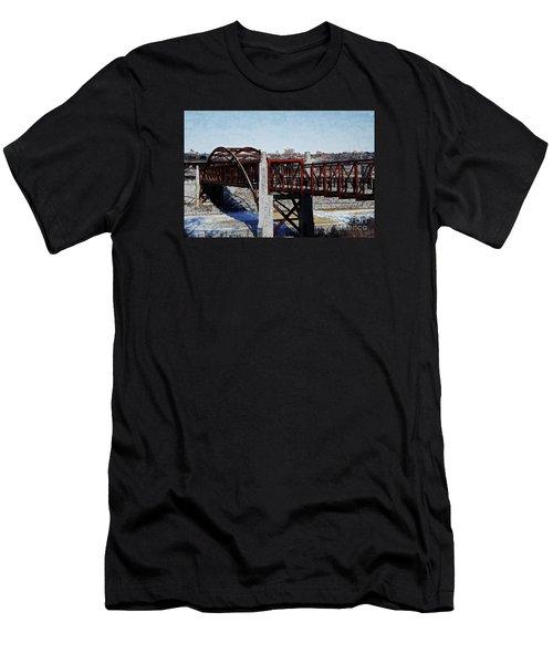 At Three Bridges Park Men's T-Shirt (Slim Fit) by David Blank