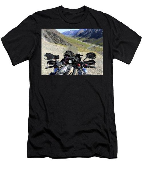 Atigun Pass Men's T-Shirt (Athletic Fit)