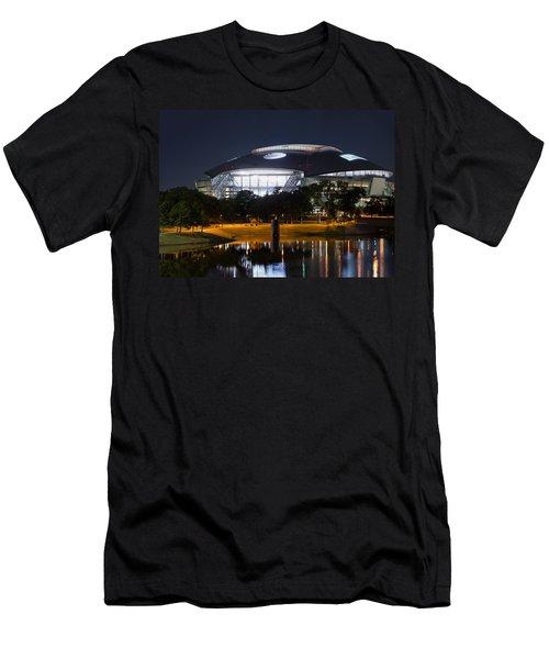 Dallas Cowboys Stadium 1016 Men's T-Shirt (Athletic Fit)