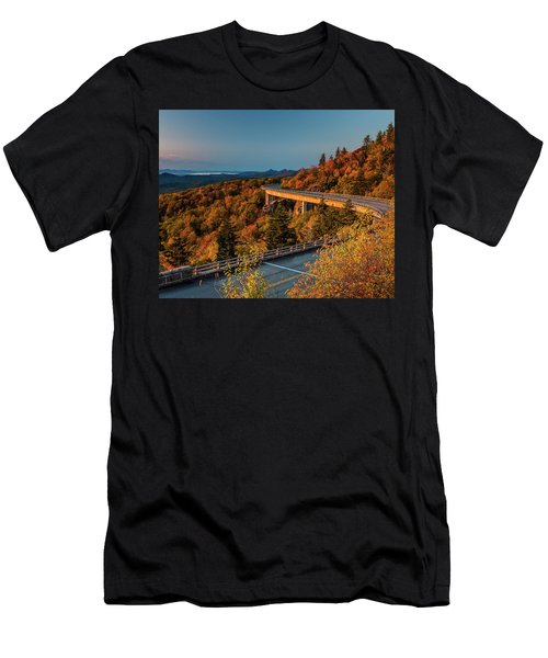 Morning Sun Light - Autumn Linn Cove Viaduct Fall Foliage Men's T-Shirt (Athletic Fit)