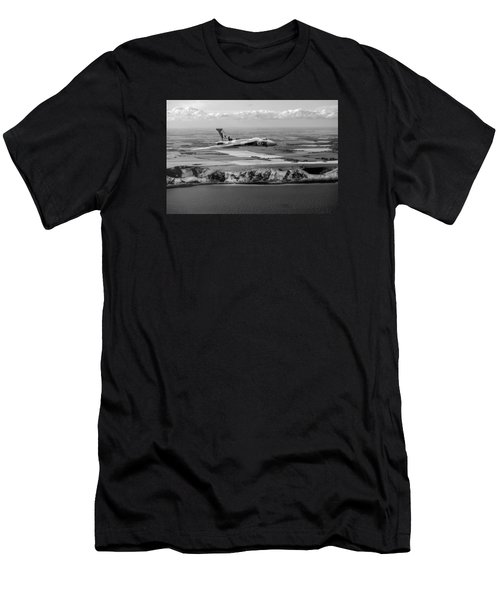 Avro Vulcan Over The White Cliffs Of Dover Black And White Versi Men's T-Shirt (Athletic Fit)