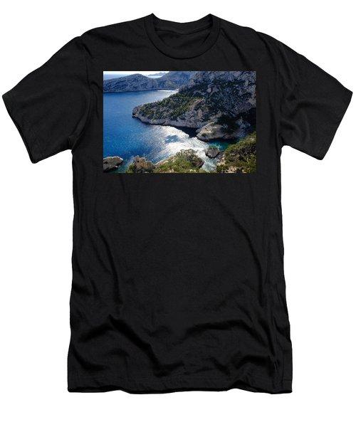 Azure Calanques Men's T-Shirt (Athletic Fit)