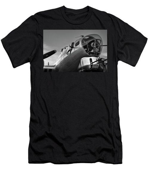 B-17 Nose Men's T-Shirt (Athletic Fit)
