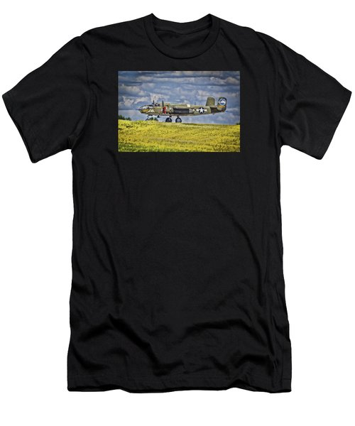 B-25 Landing Akron/canton Ohio Men's T-Shirt (Athletic Fit)