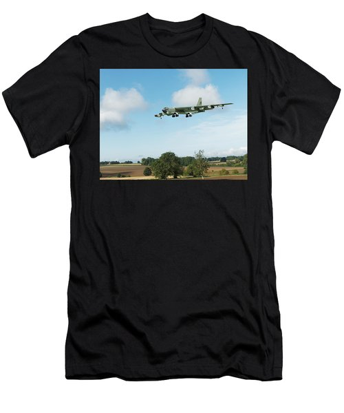 B52 Stratofortress Men's T-Shirt (Athletic Fit)