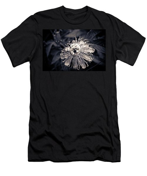 Clematis Flower Bloom Men's T-Shirt (Athletic Fit)