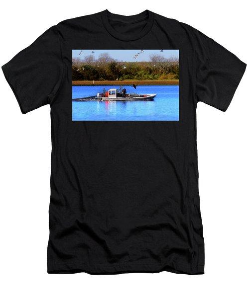Bait Trawlin' Men's T-Shirt (Athletic Fit)