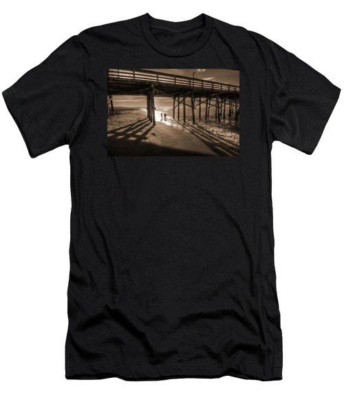Balboa Pier Fishermen Men's T-Shirt (Athletic Fit)