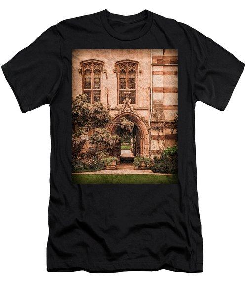 Oxford, England - Balliol Gate Men's T-Shirt (Athletic Fit)