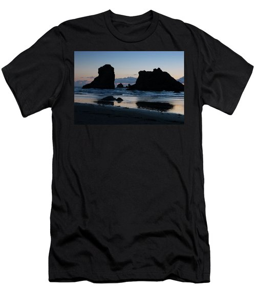 Bandon Oregon Sea Stacks Men's T-Shirt (Athletic Fit)