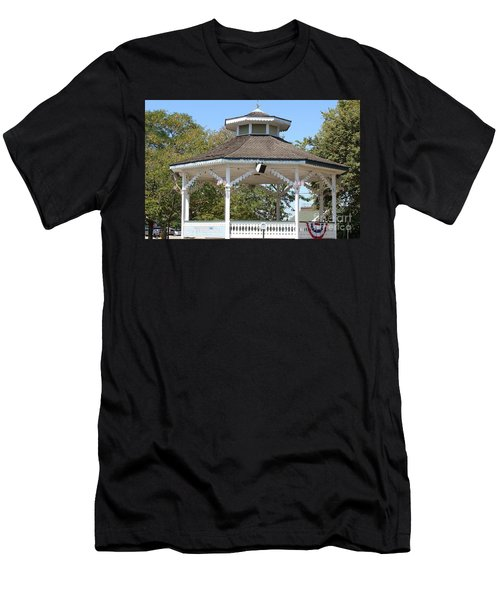 Bandshell In Plymouth, Mass Men's T-Shirt (Slim Fit) by Rod Jellison