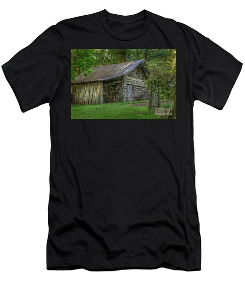 Barn At Artist Point Men's T-Shirt (Athletic Fit)