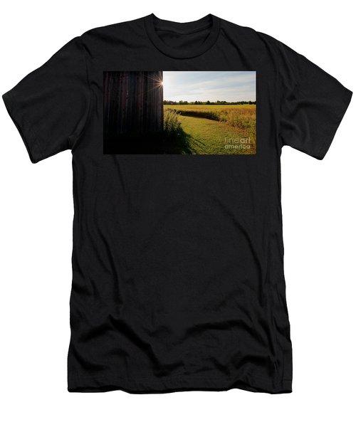 Barn Highlight Men's T-Shirt (Athletic Fit)