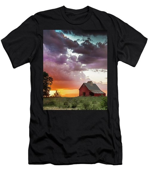 Barn In Stormy Skies Men's T-Shirt (Athletic Fit)