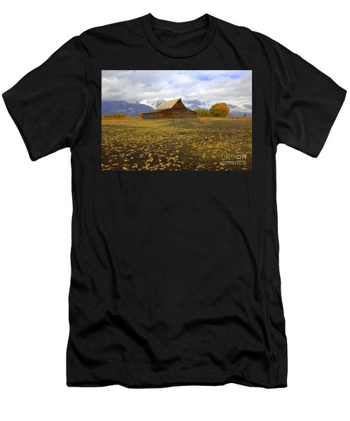 Barn On Mormon Row Wyoming Men's T-Shirt (Athletic Fit)