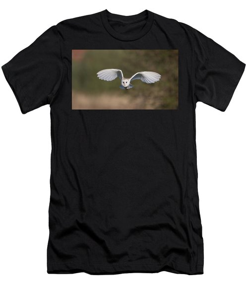 Barn Owl Approaching Men's T-Shirt (Athletic Fit)