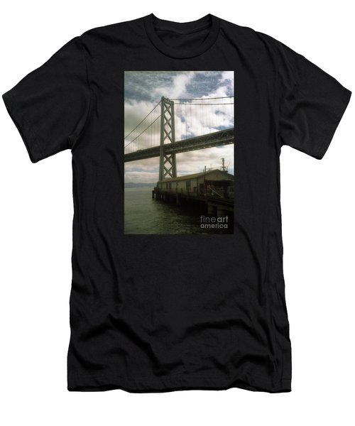 Bay Bridge San Francisco Waterfront Men's T-Shirt (Athletic Fit)