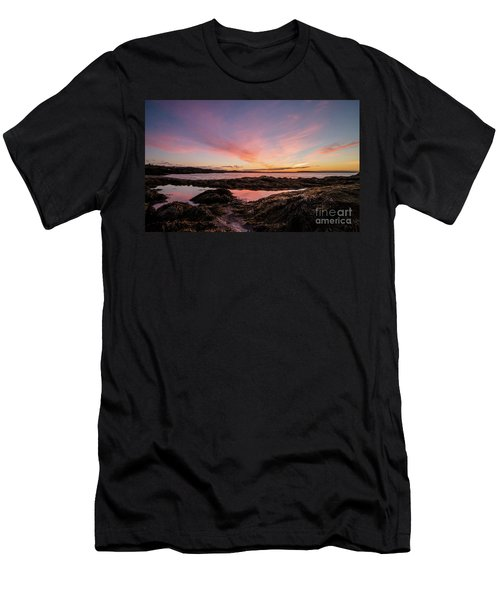 Bay Of Fundy Men's T-Shirt (Athletic Fit)
