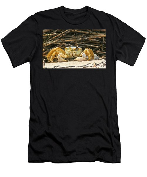 Beach Crab Men's T-Shirt (Athletic Fit)