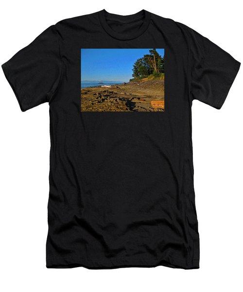 Beach Scene, Berry Point, Gabriola, Bc Men's T-Shirt (Athletic Fit)
