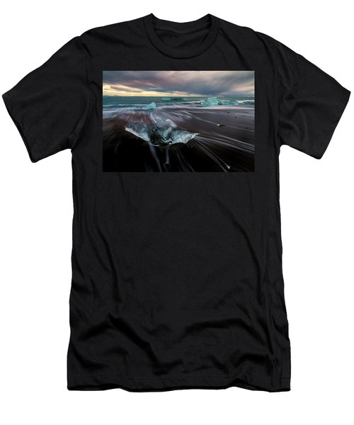 Beach Stranded Men's T-Shirt (Athletic Fit)