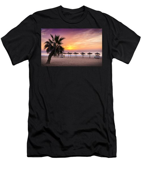 Beach Sunrise. Men's T-Shirt (Athletic Fit)
